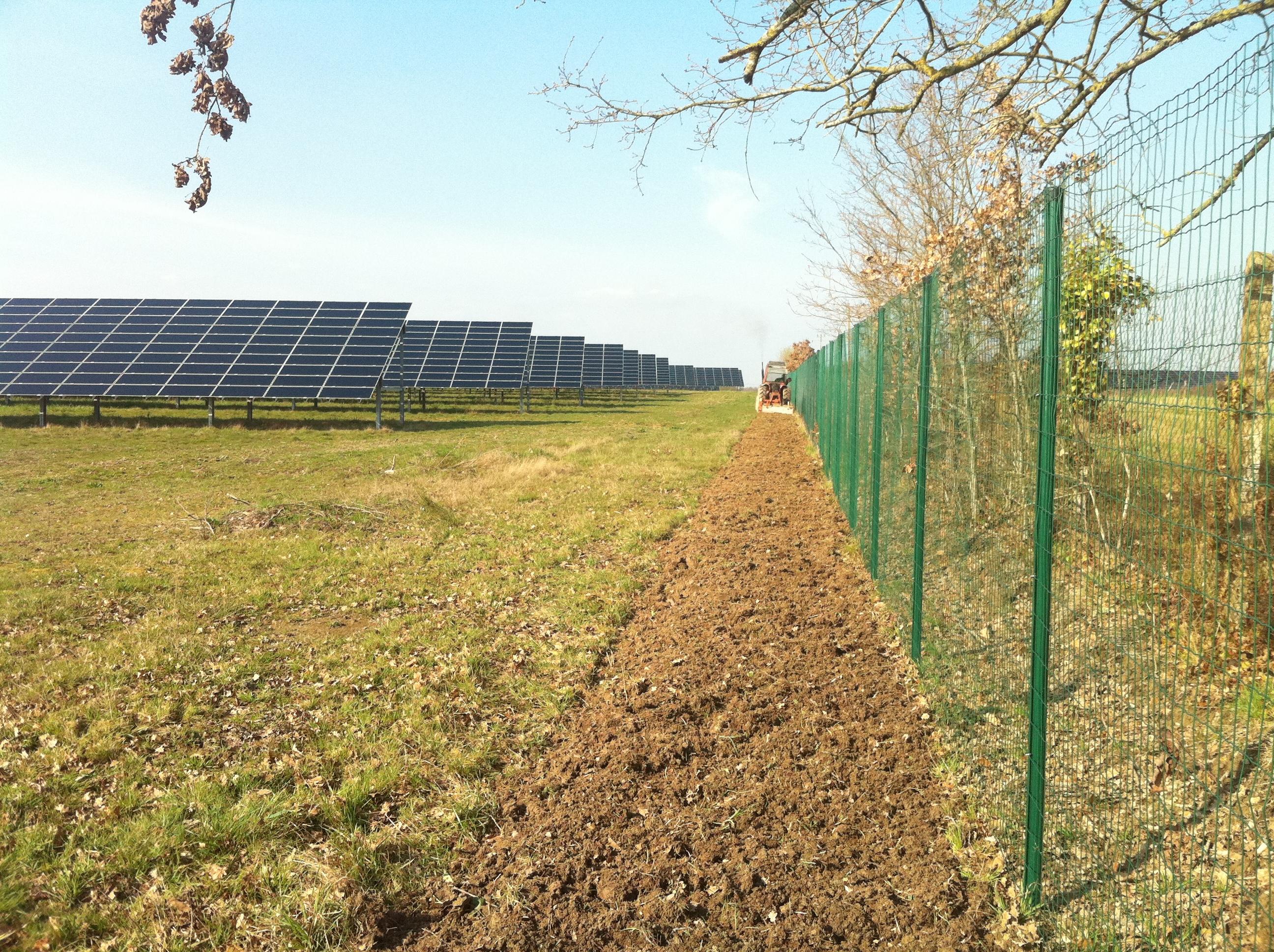 Centrale Photovoltaïque Avon les Roches (37)